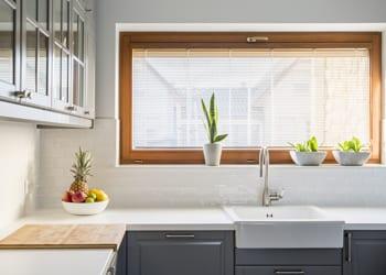 hoek_modular_homes_Granny_Flat_Interior_Designs_To_Brighten_Everyday_Simple_Kitchen