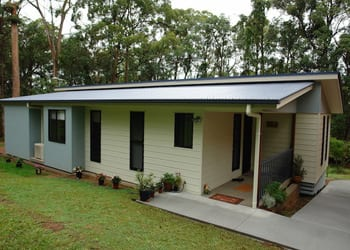 hoek_modular_homes_sloping_modular_homes_brisbane_cosy_slanted_long