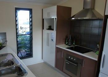 choosing_extras_hoek_modular_homes_4_burner_ceramic_cooktop.jpg