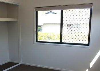 choosing_extras_hoek_modular_homes_diamond_security_screens.jpg