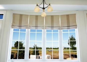 choosing_extras_hoek_modular_homes_roman_blinds.jpg