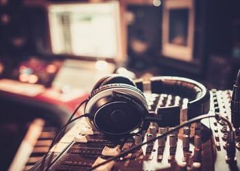 hoek_modular_homes_home_hobby_recording_studio.jpg
